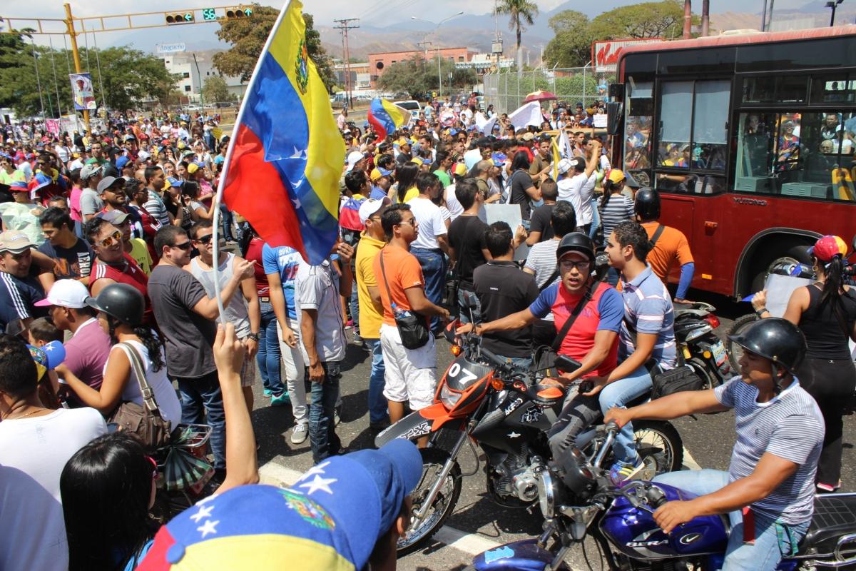 Disturbios y Represión Policial en Venezuela generan varios heridos y 3 muertos