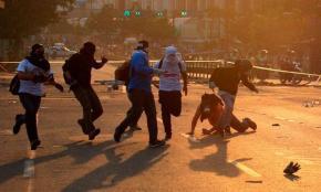 Escalada de Violencia No Apaga Protestas enVenezuela